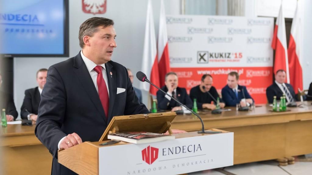 3 grudnia: Wystąpienie na Kongresie Endecji w Sejmie